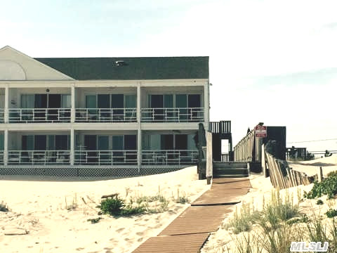 459 Dune Road 16A Westhampton, Oceanfront Coop For Summer Rental