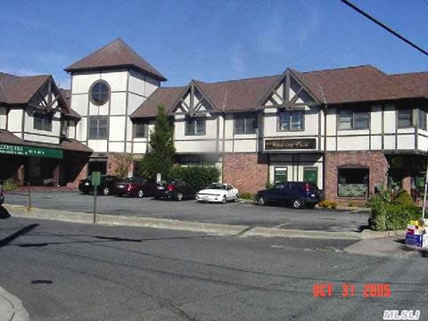 Oyster Bay NY Retail Stores For Sale - Commercial Real Estate